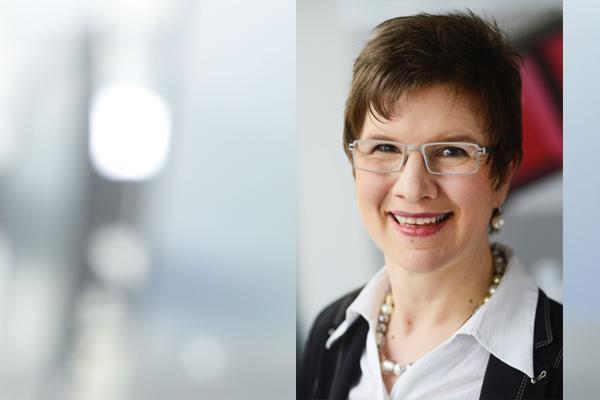 Portraitbild Prof. Dr. Nicola Marsden mit Hintergrund